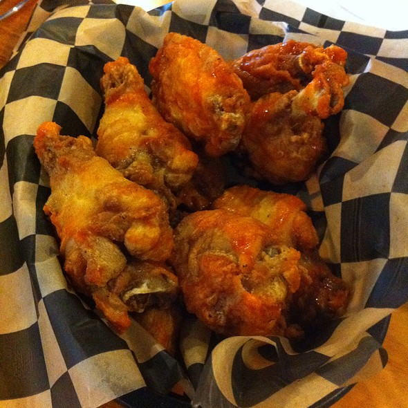 Broasted Chicken Wings