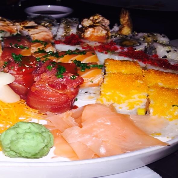 Sushi e Sashimi @ GAIJIN SUSHI BAR