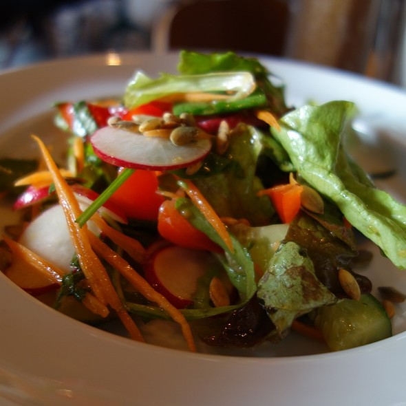 Vegetable Mix with Pumpkin Seeds @ Coffee Bar Bonch