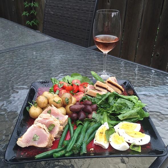 Tuna Nicoise Salad @ Culinary Cave