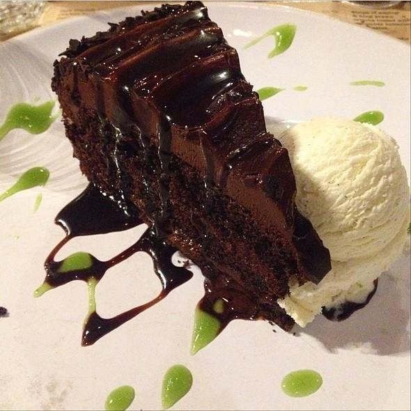 Chocolate Fudge Cake With Vanilla Ice Cream @ Henry's Grill & Bar