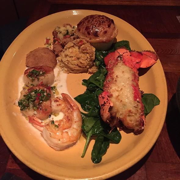 Shellfish Platter @ Boudro's Texas Bistro On The Riverwalk