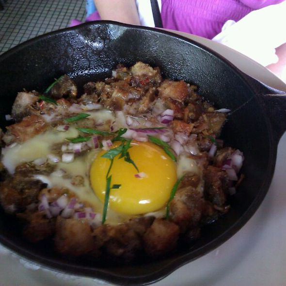Pork Sisig @ Maharlika Filipino Pop-up Brunch @ Léon