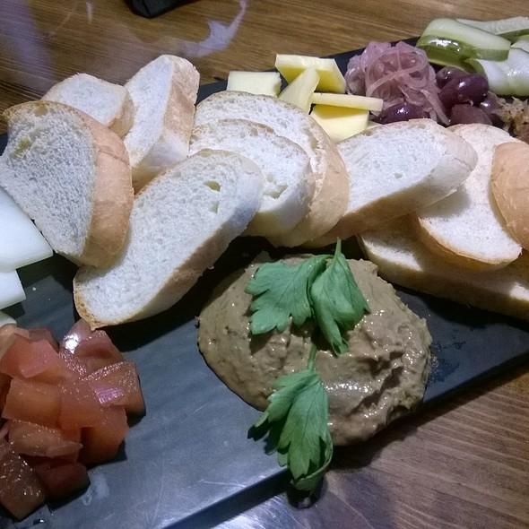 Ploughmans Platter @ Doherty's Ale House
