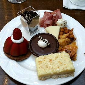 Desserts - Villa de Flora at Gaylord Palms Resort, Kissimmee, FL