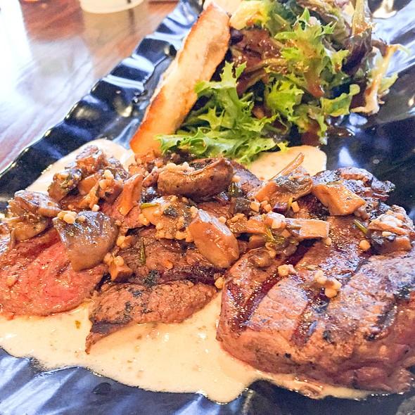 Wild Mushroom Steak Medallion @ Fresh To Order