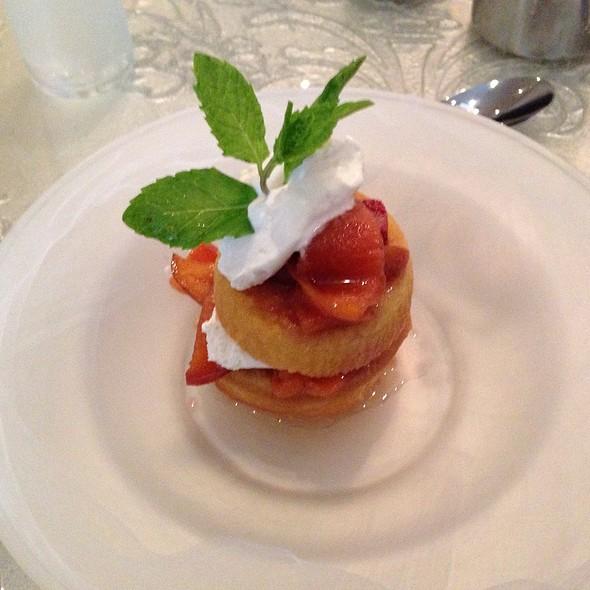 Bourbon Peach Strawberry Shortcake at Oya Restaurant & Lounge