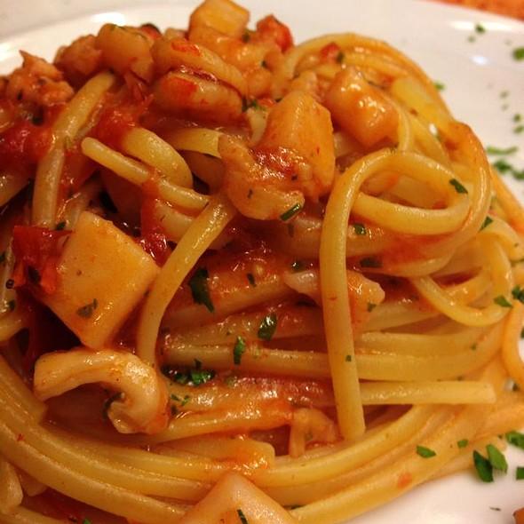 Spaghetti With Squids @ Ristorante Ruccio