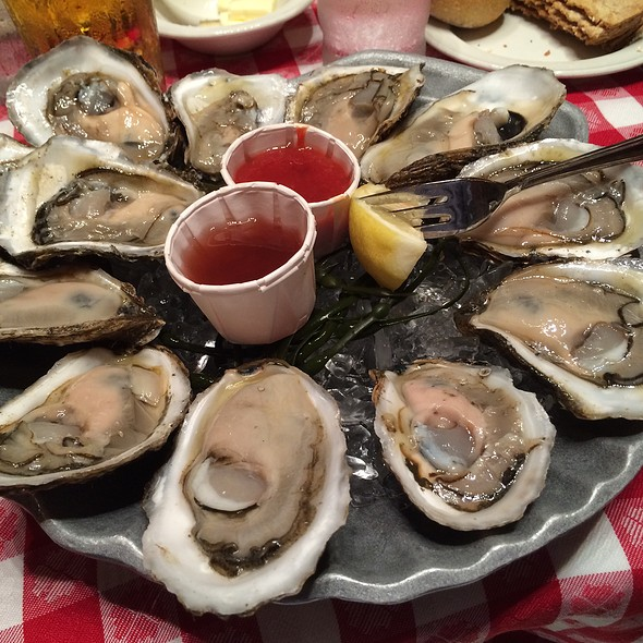 Blue Point Oysters @ Grand Central Oyster Bar
