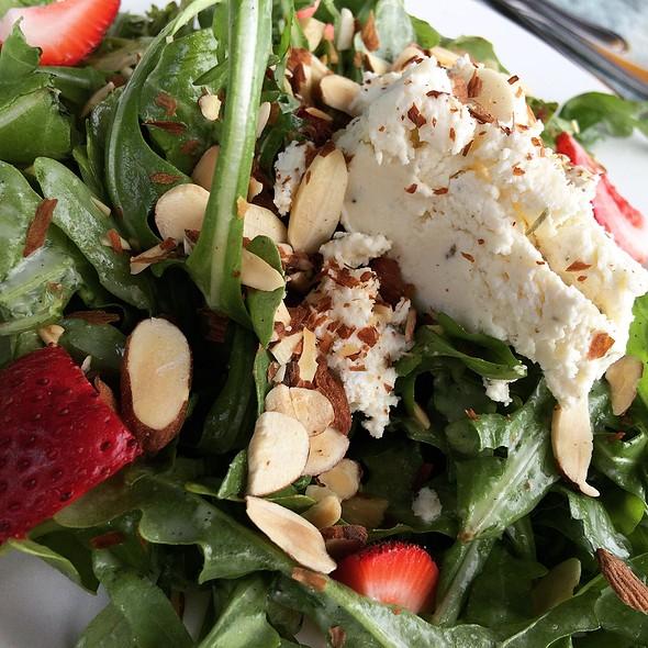Vanilla Bean Salad - Finz Salem, Salem, MA