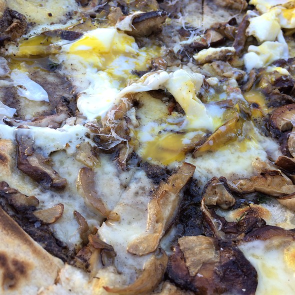 Pizza Tartuffo - Mani Osteria, Ann Arbor, MI