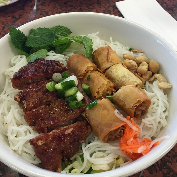 Vermicelli with BBQ Pork and Egg Rollls @ Pho Thanh Reasturant