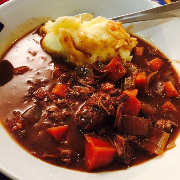 Beef Stew And Mashed Potato @ Chookys
