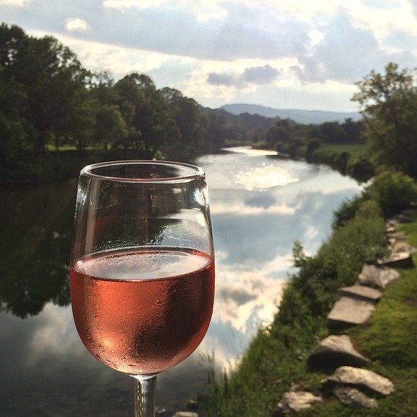 Rose Wine - Simon Pearce Restaurant, Quechee, VT