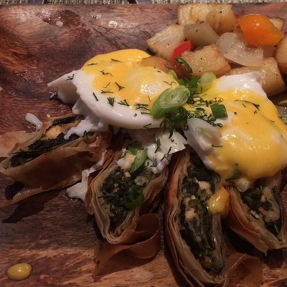 Mediterranean Breakfast - Ovelia Psistaria Bar, Astoria, NY