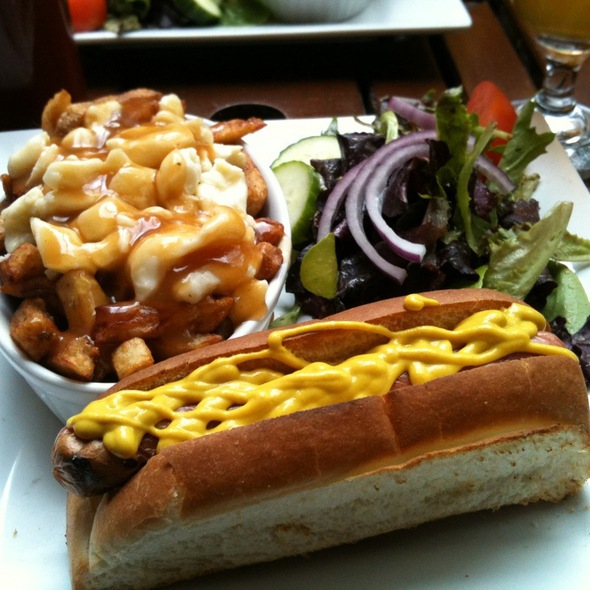 Hot Dog And Poutine @ Montreal Poutine
