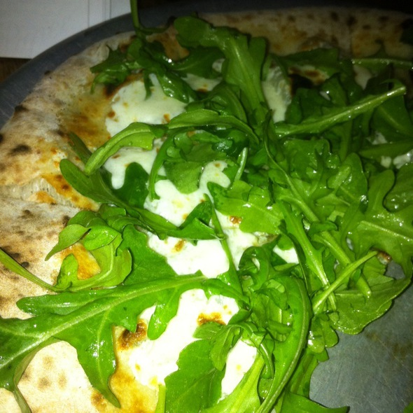 White And Green Pizza @ Roberta's