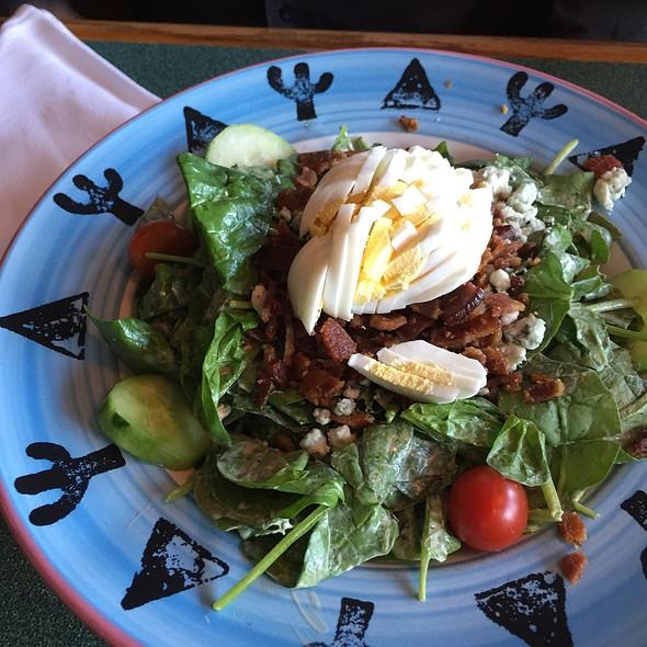 Spinach Salad @ Buck's