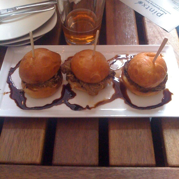 Pork Sliders @ Pintxo