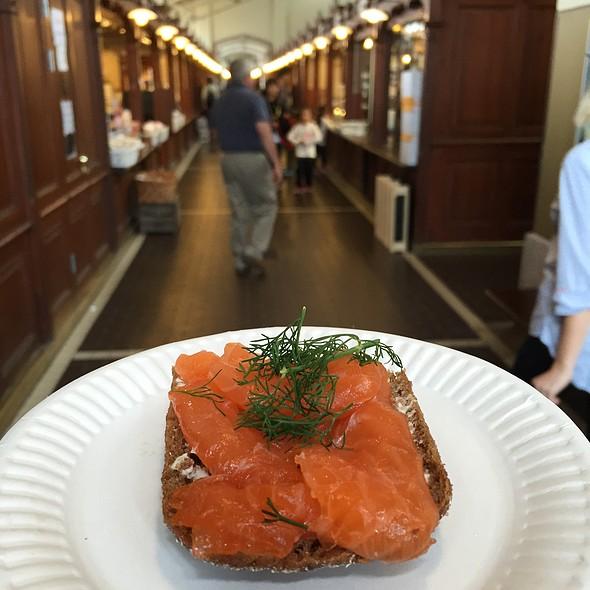 Salmon Sandwich @ Vanha Kauppahalli