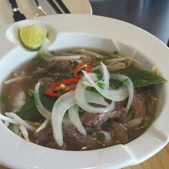 Pho @ Executive Lounge Pullman Saigon Center