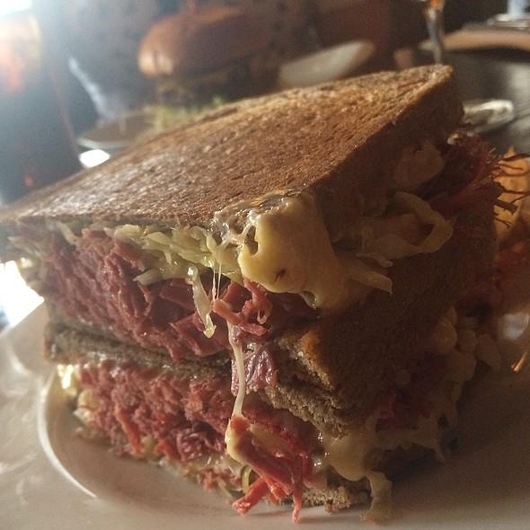 Reuben Sandwich @ Five Points Deli