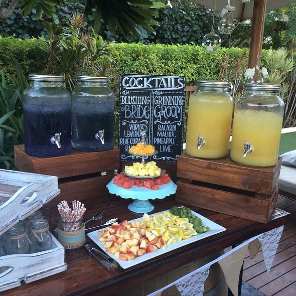 Cocktail Station @ My Cousins Wedding