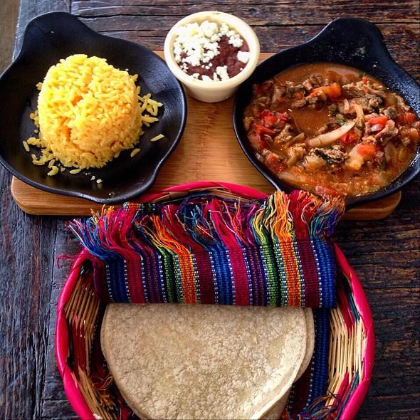 Tacos De Olla @ Tacontento