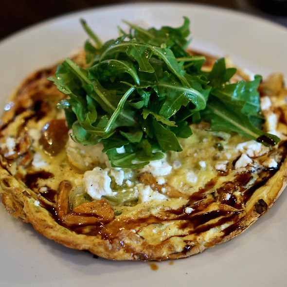 Frittata – goat cheese, mushrooms, tomato, arugula, sherry gastrique @ Osteria Langhe