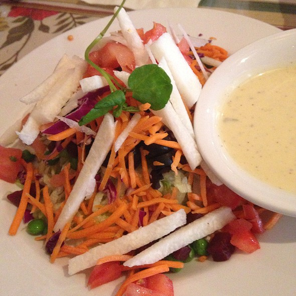 Side Salad - El Cholo Cafe, Pasadena, CA