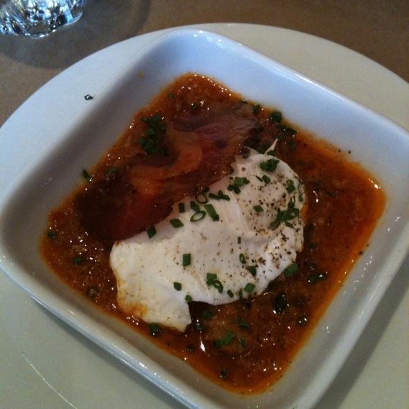 Oeuf Poché Avec Pancetta @ Restaurant Le Petit Italien