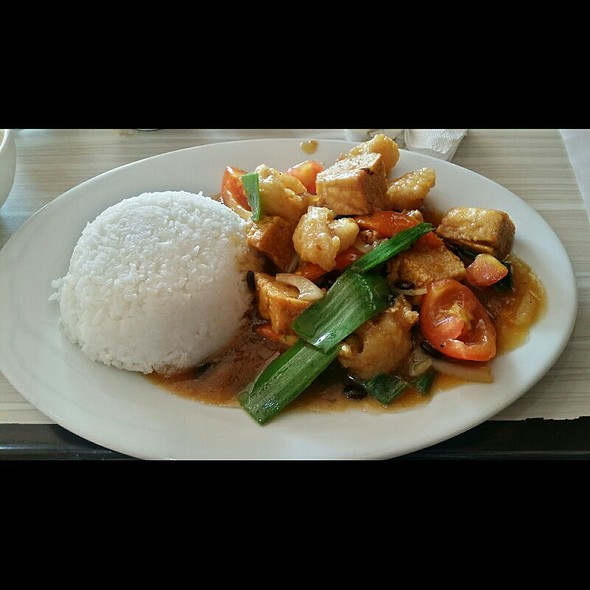 Fish & Tofu in Tausi Sauce Rice @ Point And Grill