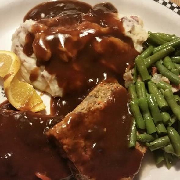 Meatloaf and Mashed Potatoes @ Black Bear Diner