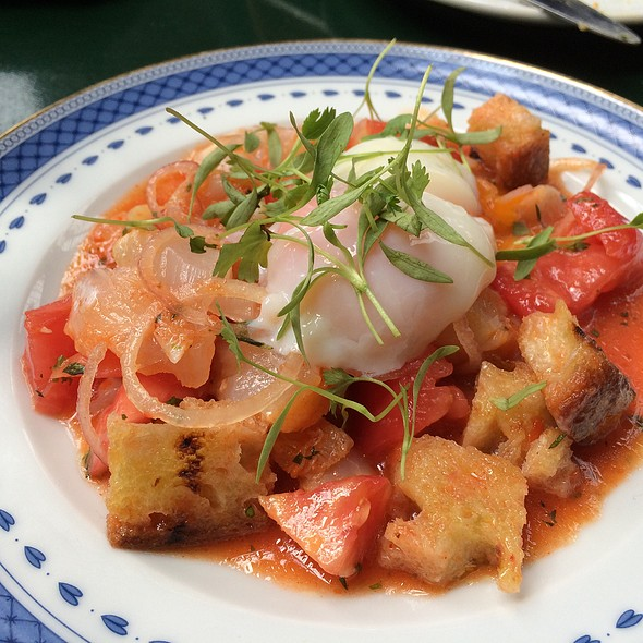 Cod, Tomato And Bread Salad @ Taberna Do Mercado