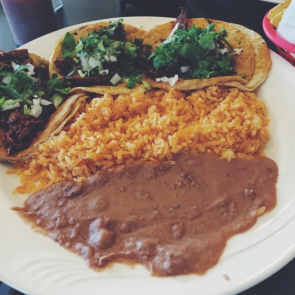 Brisket Taco Platter @ Taco Fiesta