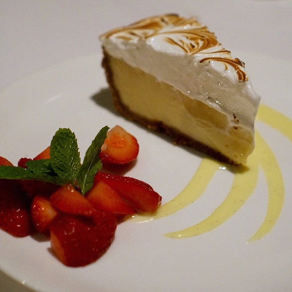 Key lime pie, toasted meringue, white chocolate, crème anglaise, strawberries - The Cannery, Newport Beach, CA