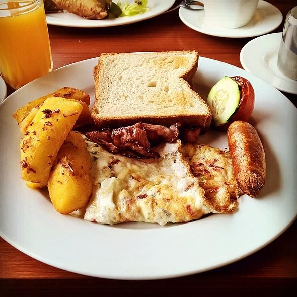English Breakfast @ Tripple O