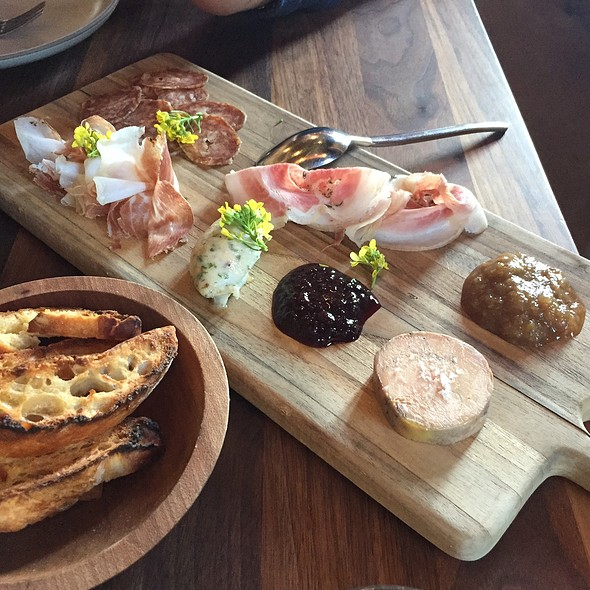 Salumi Board With Green Tomato Chutney, Blackberry Jam & Toasted Ciabatta