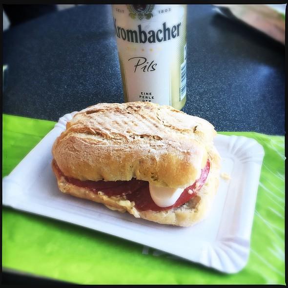 Sandwich @ Casual Food