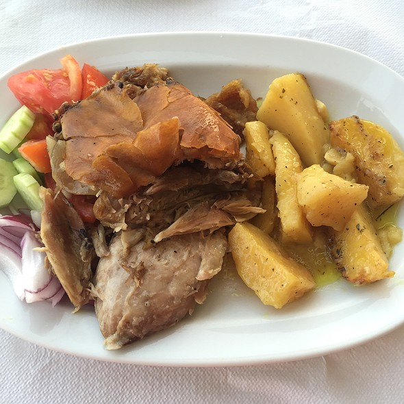 roast pork @ To Karabi
