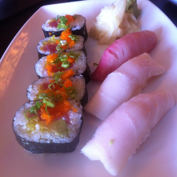 St. Louis Roll, White Tuna & Yellowtail Nigiri (Sushi) @ Ocha
