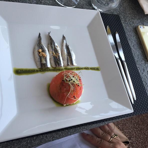 Pomodori, Burrata E Sardines @ La Sorgente