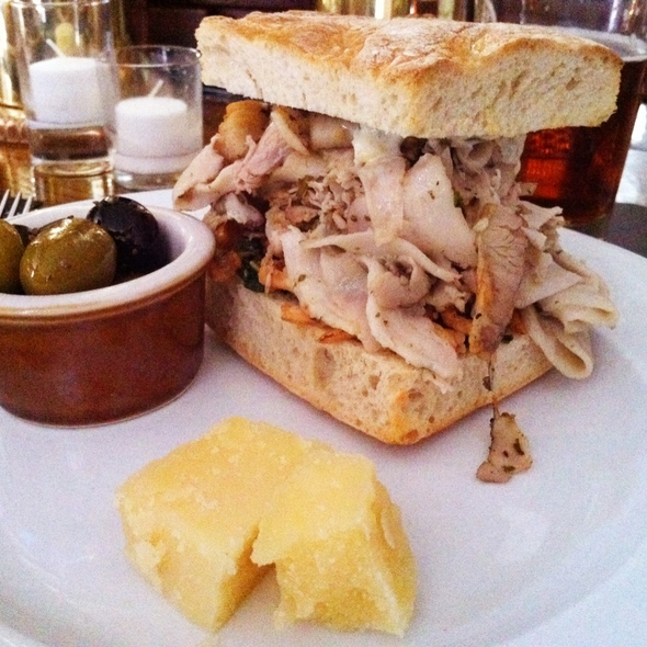 Porchetta Sandwich @ Pub & Kitchen