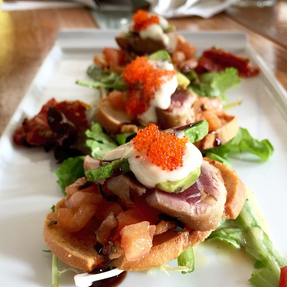 Seared Tuna Bruschetta @ Sunset Lanai