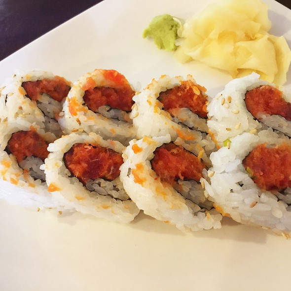 Spicy Tuna Rolls - The Sit Down Cafe & Sushi Bar, Chicago, IL
