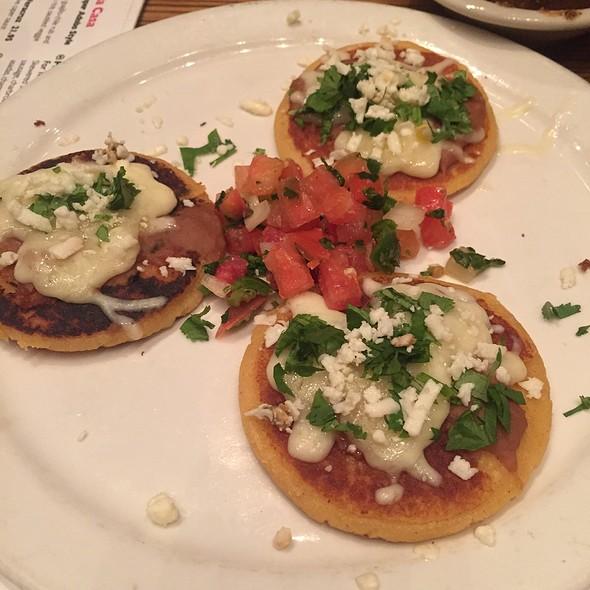 Chefs Choice - Gorditas - Ácenar, San Antonio, TX