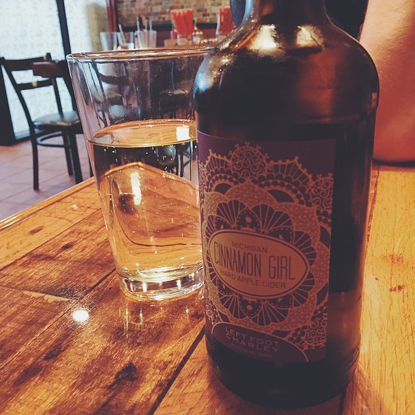 Left Foot Charley's Cinnamon Girl Cider @ Khom Fai