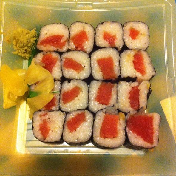 Hissho Sushi Nippon Favorite @ Baesler's Market