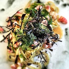 tagliolini di gragnano scampi insalata di alghe mar cucina caff spiaggia bottega