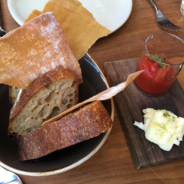 Sourdough & Lavosh @ Central Kitchen